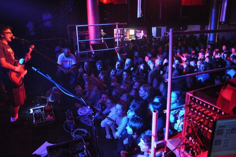 całkowicie stylowy najlepszy ekskluzywne oferty Koncert Happysad - Klub Palladium 21.03.2012. ul. Złota 9 ...
